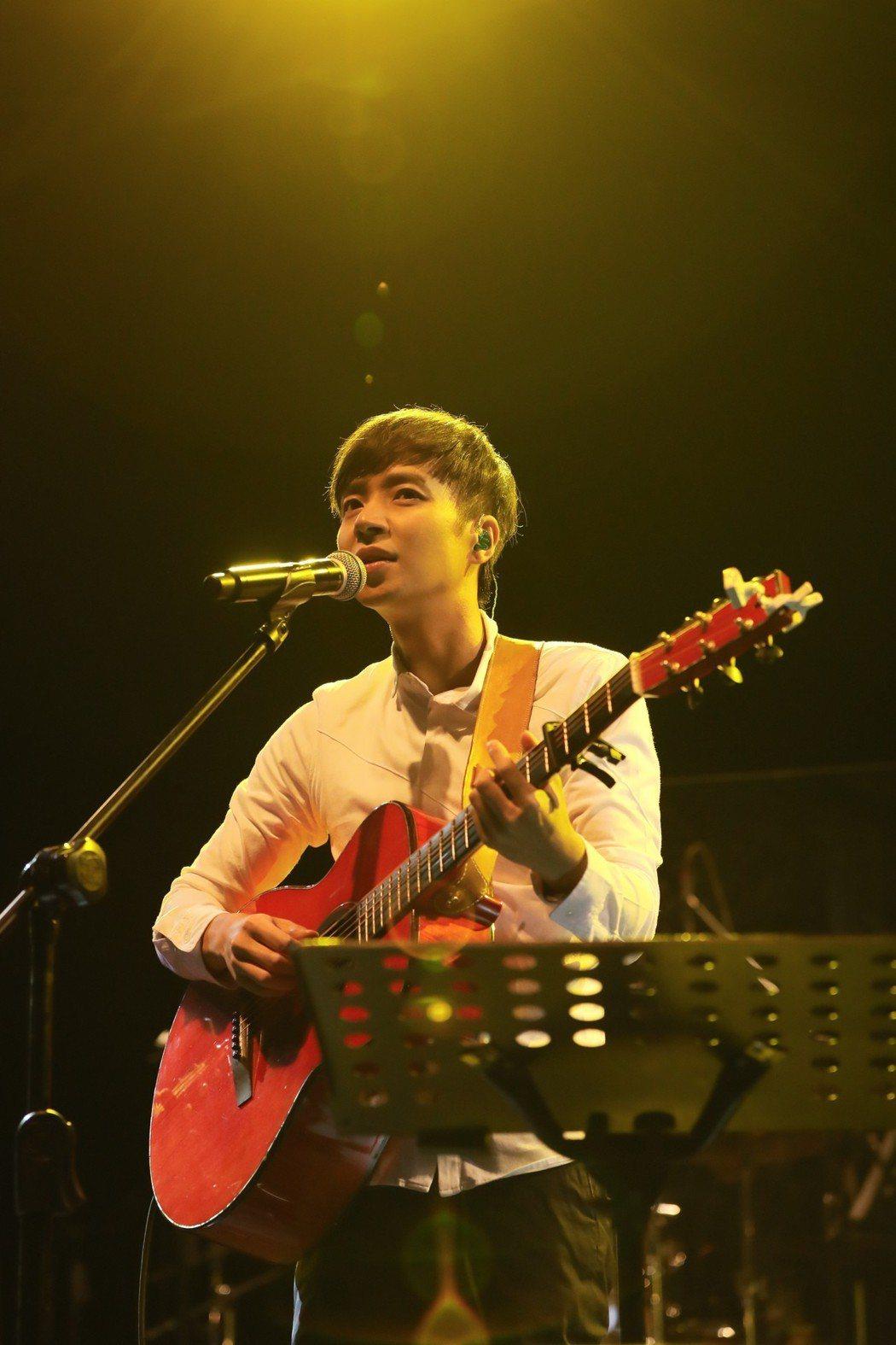 李劍青27日在台中開唱。圖/相信音樂提供