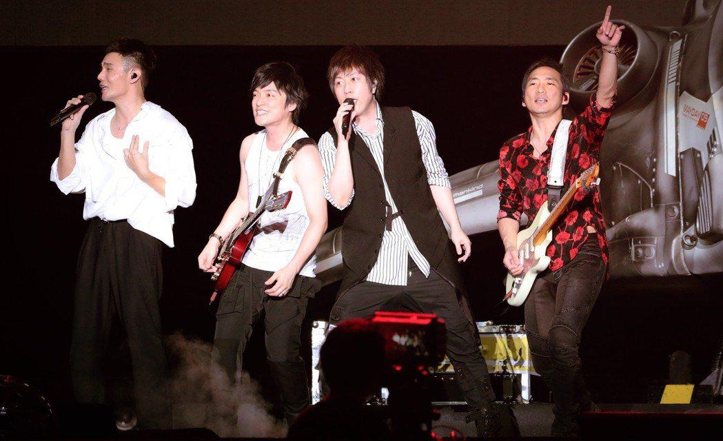 五月天27日上海開唱,請來李榮浩當嘉賓。圖/相信音樂提供