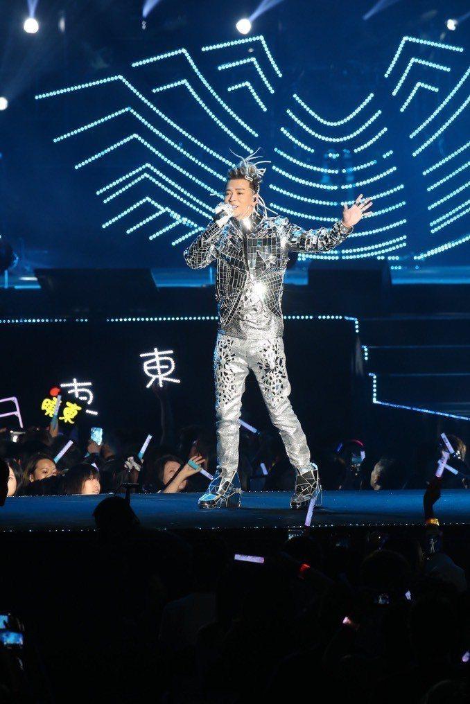 陳曉東28日在南港展覽館開唱。記者許正宏/攝影