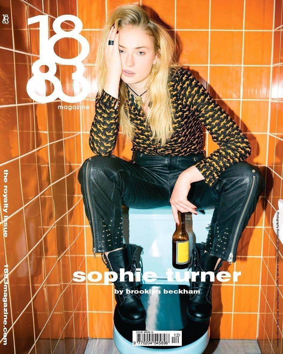 蘇菲透納人氣急升,登上雜誌封面。圖/摘自Instagram
