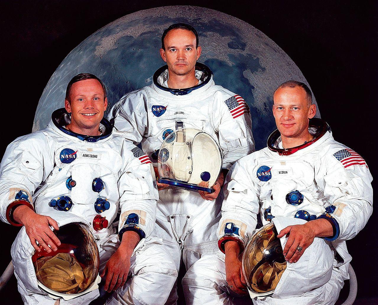 1969年NASA完成世界首次載人登月任務。左起為參與任務的太空人阿姆斯壯、柯林...