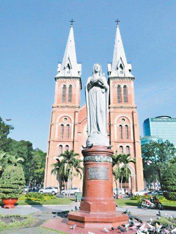 越南第一大城胡志明市,近幾年發展速度引發全球關注,尤其越南在2015年7月頒訂住...