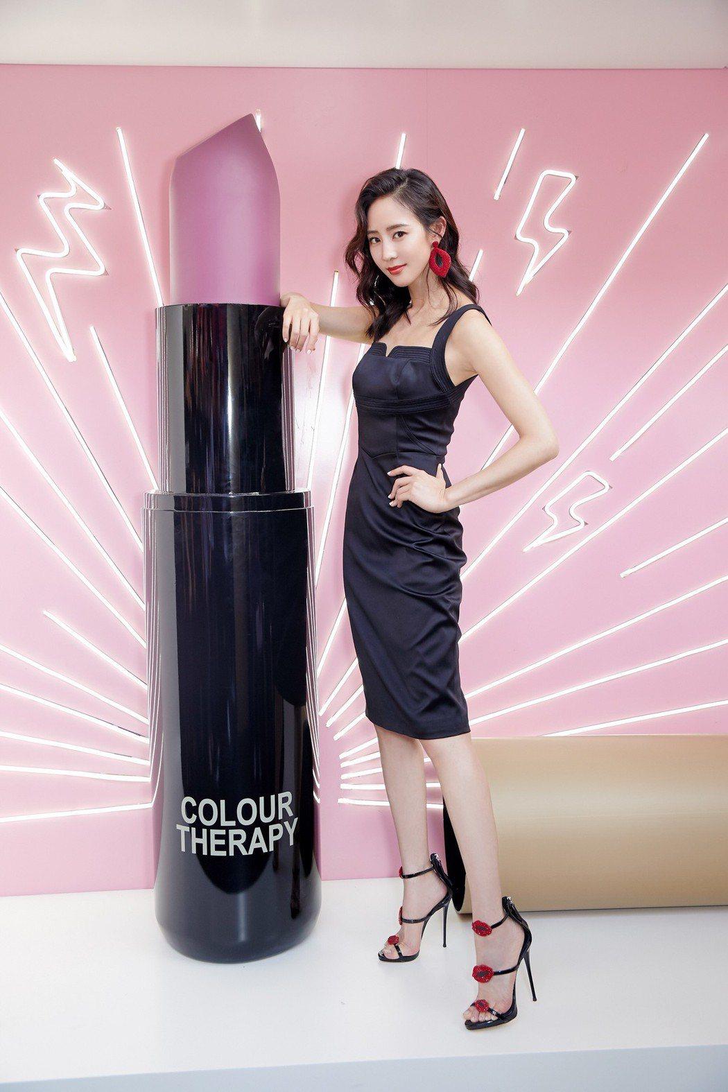 張鈞甯為彩妝品牌代言出席活動。圖/三石創設文化提供