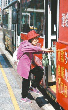 捷運文化人人稱道後...台灣亟需一場「公車溫柔革命」