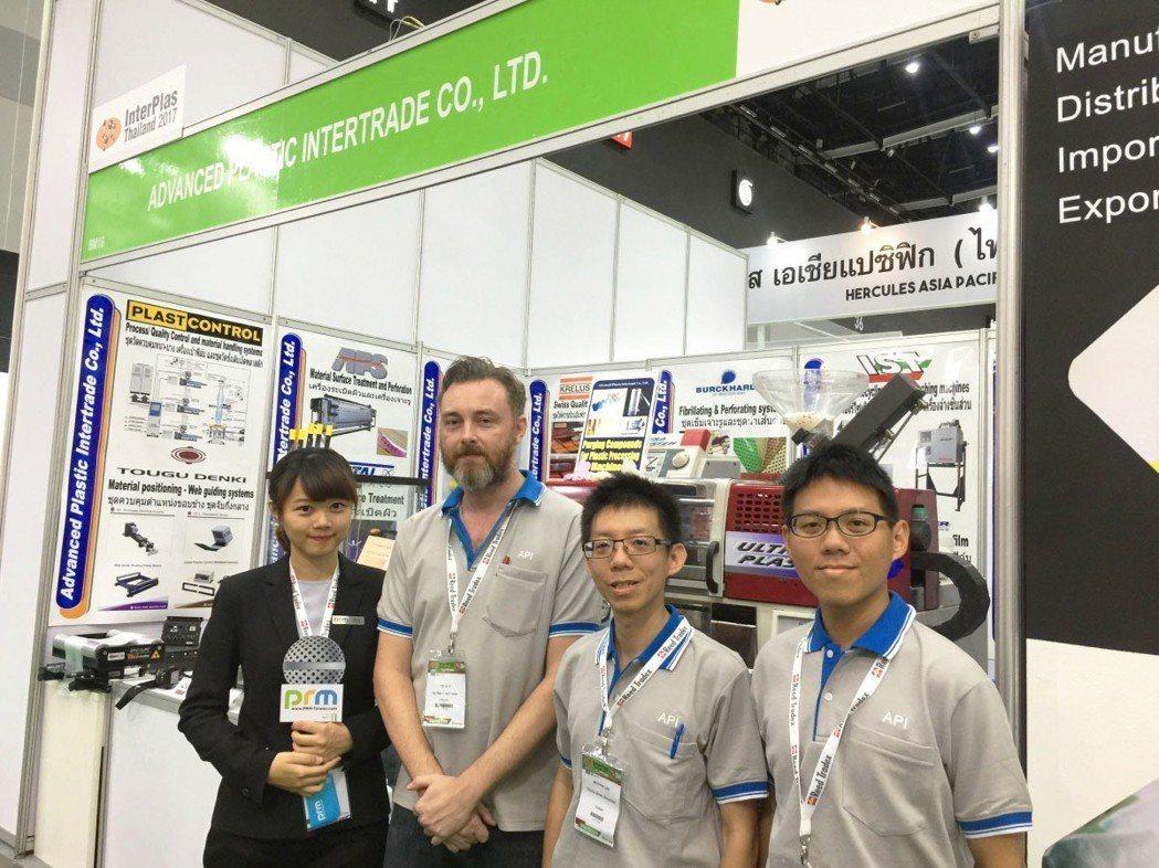 東電研自動對邊機正式進入泰國市場。 東電研/提供