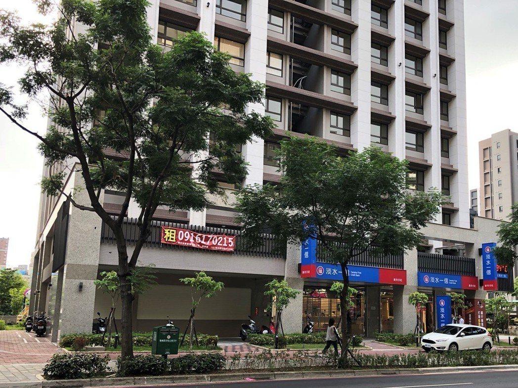 新北市淡水區店面交易總價破億,1億1277萬元。圖/台灣房屋提供。