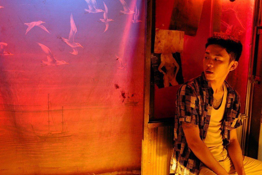以「路邊野餐」獲得金馬獎最佳新導演的畢贛,新作「地球最後的夜晚」榮膺開幕片。圖/...