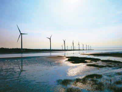 審計部報告指出,天然氣輸儲設備及再生能源設施布建進度未如預期,無法彌補供電缺口。...