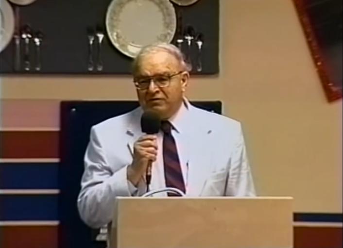 巴特曼博士。圖取自YouTube