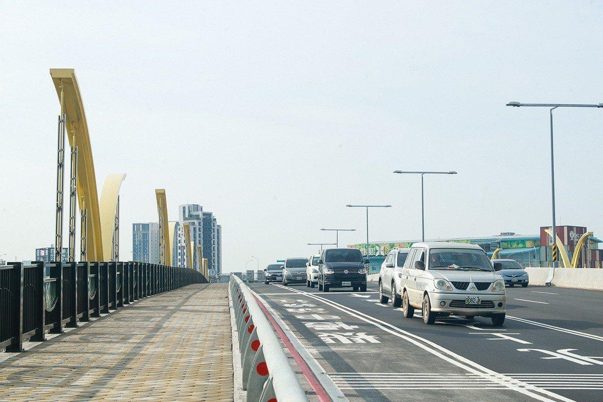知高橋改建工程完工。 圖/臺中市政府 提供