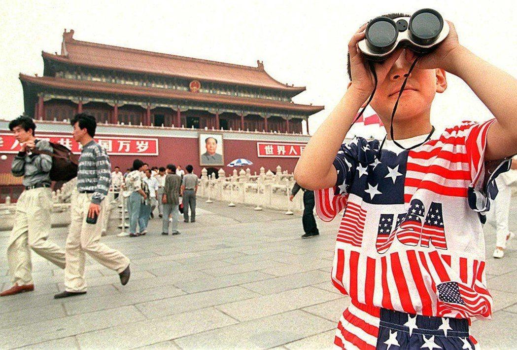 「我希望我的兒子能明白,世界不只是瀋陽,也不只是中國這麼大。」 圖/法新社