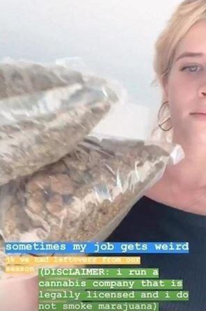 Abi Manzoni曾於個人IG上發文「我正在經營一間大麻公司,且擁有合法執照...