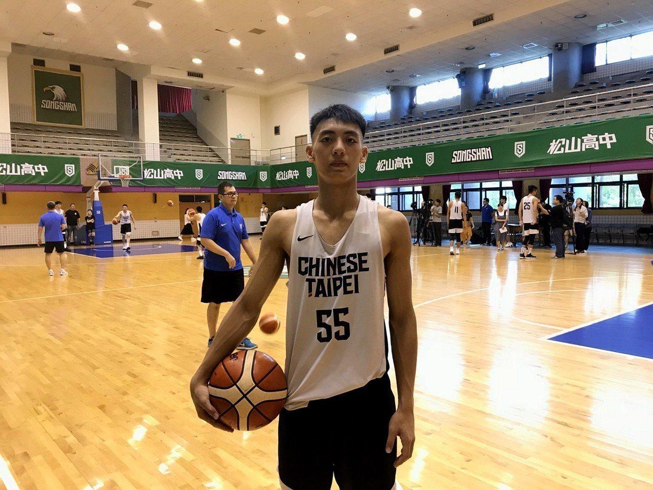 魏嘉豪生涯首度擔任隊長就是在U18亞青男籃代表隊。記者劉肇育/攝影