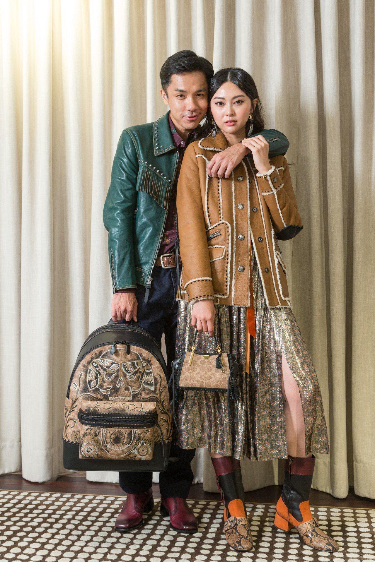 模特兒詮釋秋冬系列,翻皮羊毛大衣87,800元、金色洋裝35,800元、Drea...