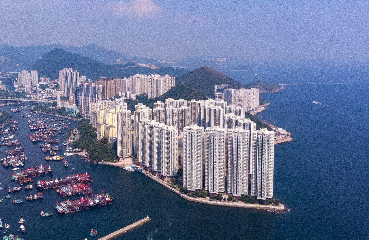 升勢猛於樓價,小單位租金升幅6年新高。 香港中國通訊社