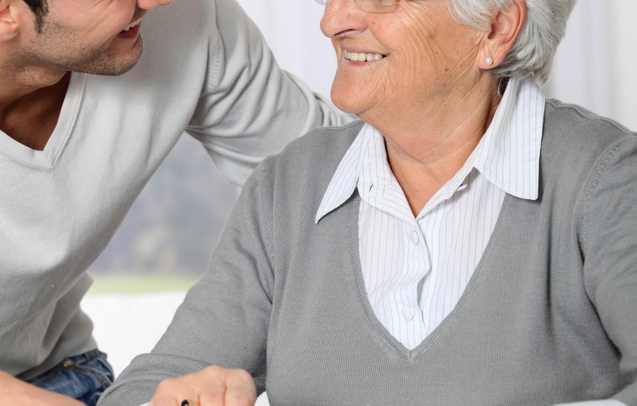 26歲老公外遇對象竟然是72歲老奶奶。示意圖/ingimage