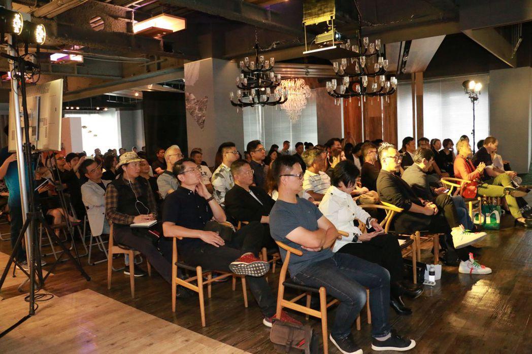 逾百位設計師出席論壇