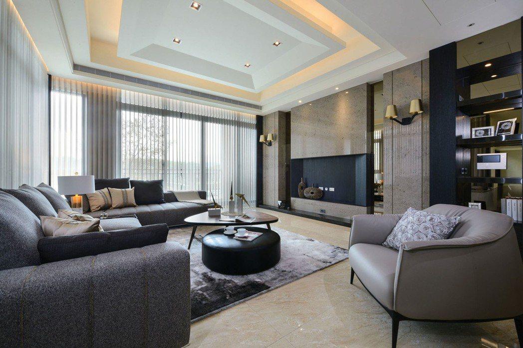 交誼廣體超大客廳。 圖片提供/成宇建設