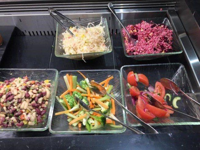 冷食-生菜沙拉 圖文來自於:TripPlus