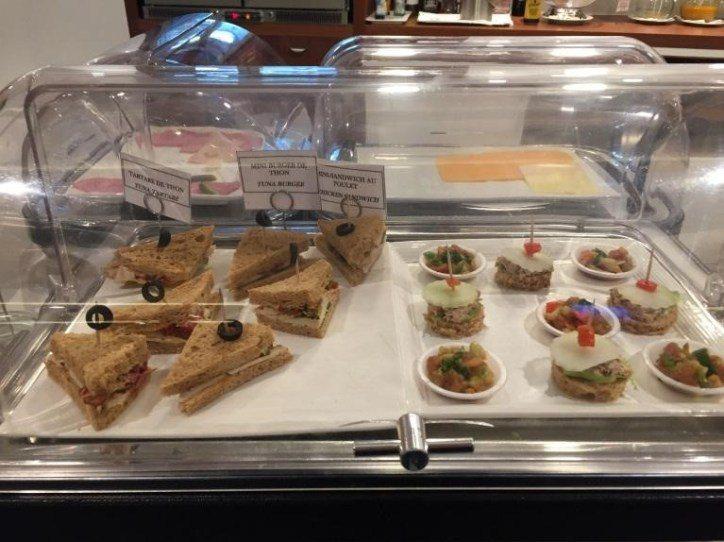 有一些小三明治與餐點 圖文來自於:TripPlus