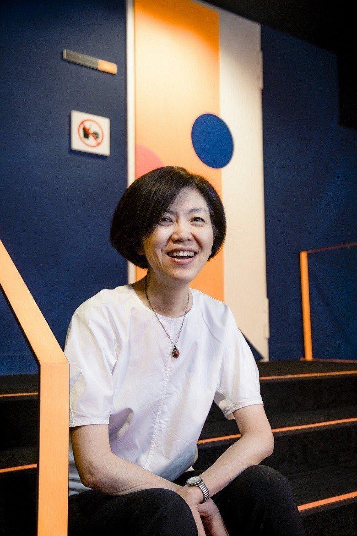 劉怡汝認為:「打造一個好劇場的目的,為的就是希望能與藝術家們共同贏得戰場。」 (...