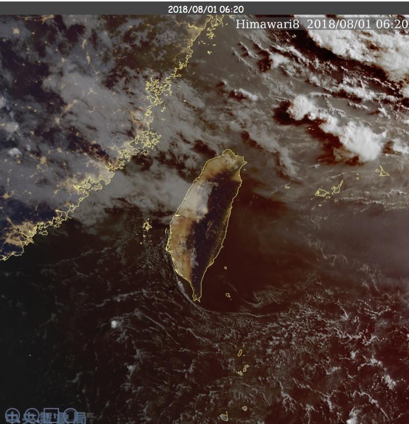 鄭明典指出,今天台灣附近以中高雲為主,還擋不住高溫趨勢,只是局部地區可能沒那麼熱...