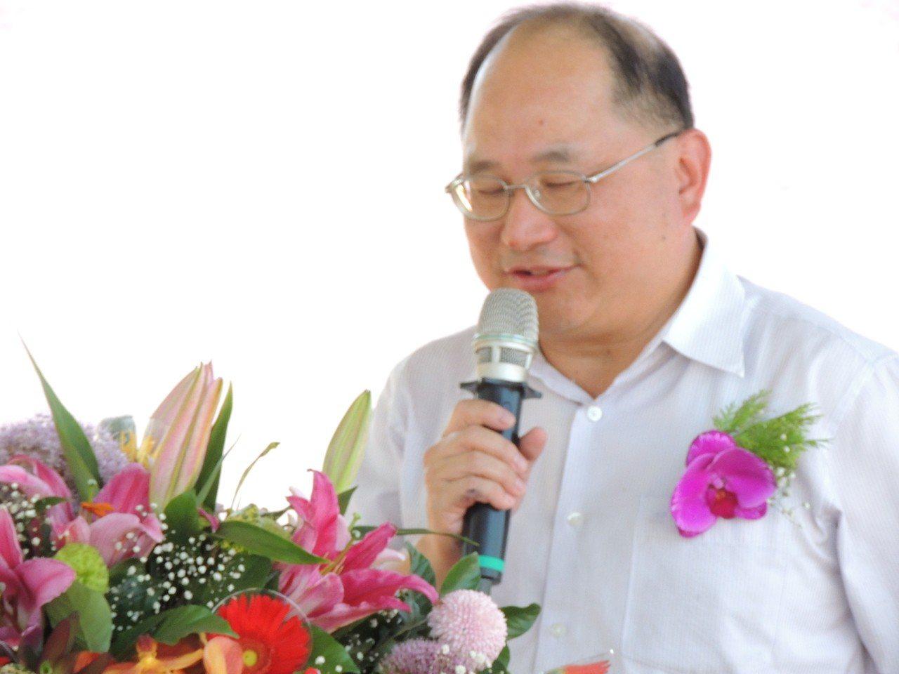 營建署下水道工程處長陳志偉說,汙水下水道工程是看不到,卻是對環境友善的工程,他很...