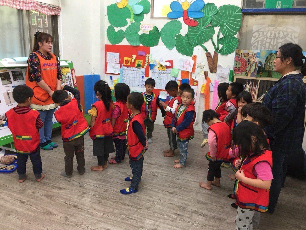 沈浸式族語教學幼兒園的教學現場,圖為高雄市立那瑪夏幼兒園。圖/原民會提供