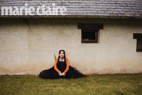 許瑋甯30歲那年以「相愛的七種設計」入圍金馬獎最佳新演員,隨後入圍、獲獎不斷,終於撕下過去「花瓶」標籤,她接受「Marie Claire美麗佳人」雜誌專訪時坦言,在此之前,她沉寂好一段時間,「那是一...