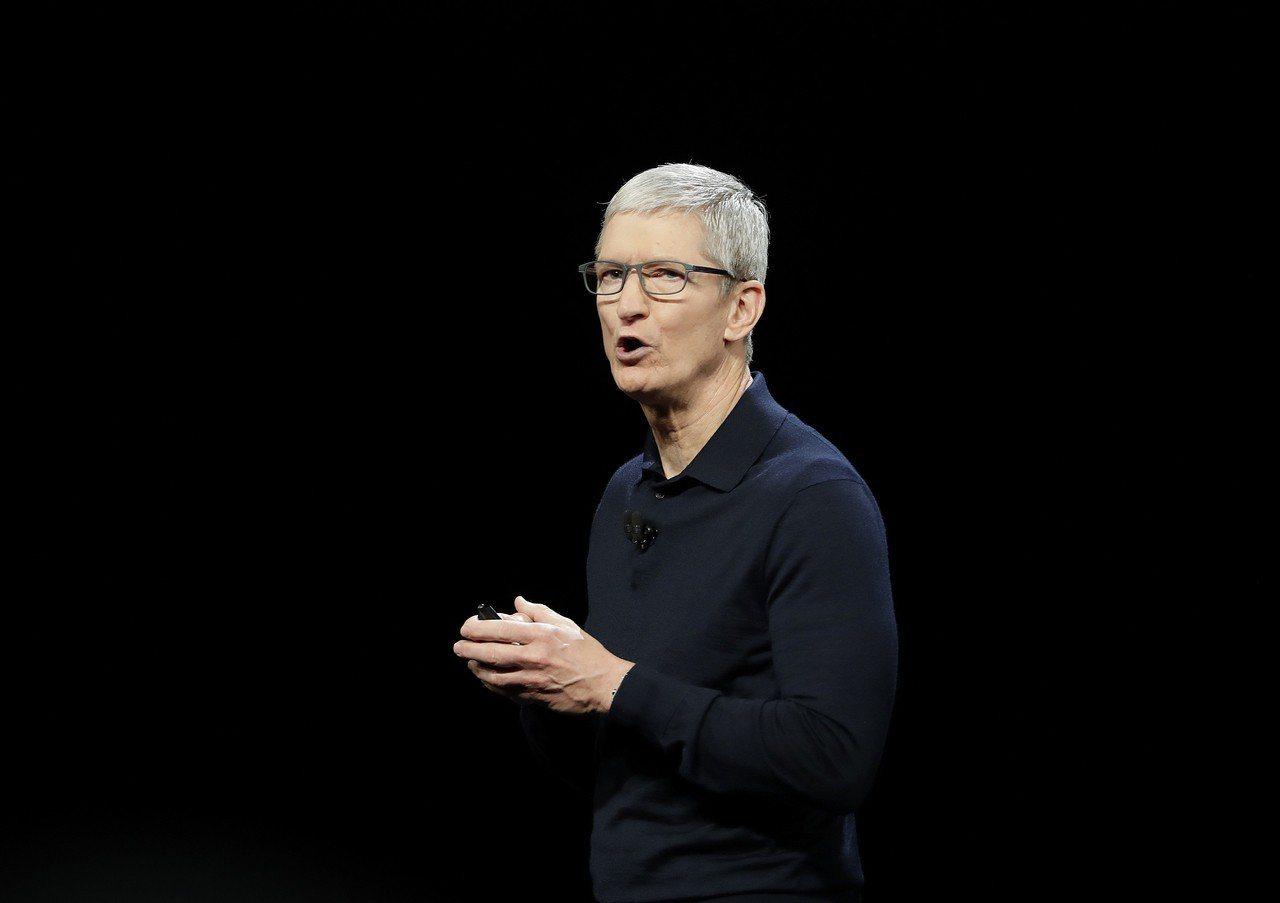 蘋果執行長庫克對智慧手機市場仍舊充滿信心,認為市況「非常健康」。 圖/美聯社
