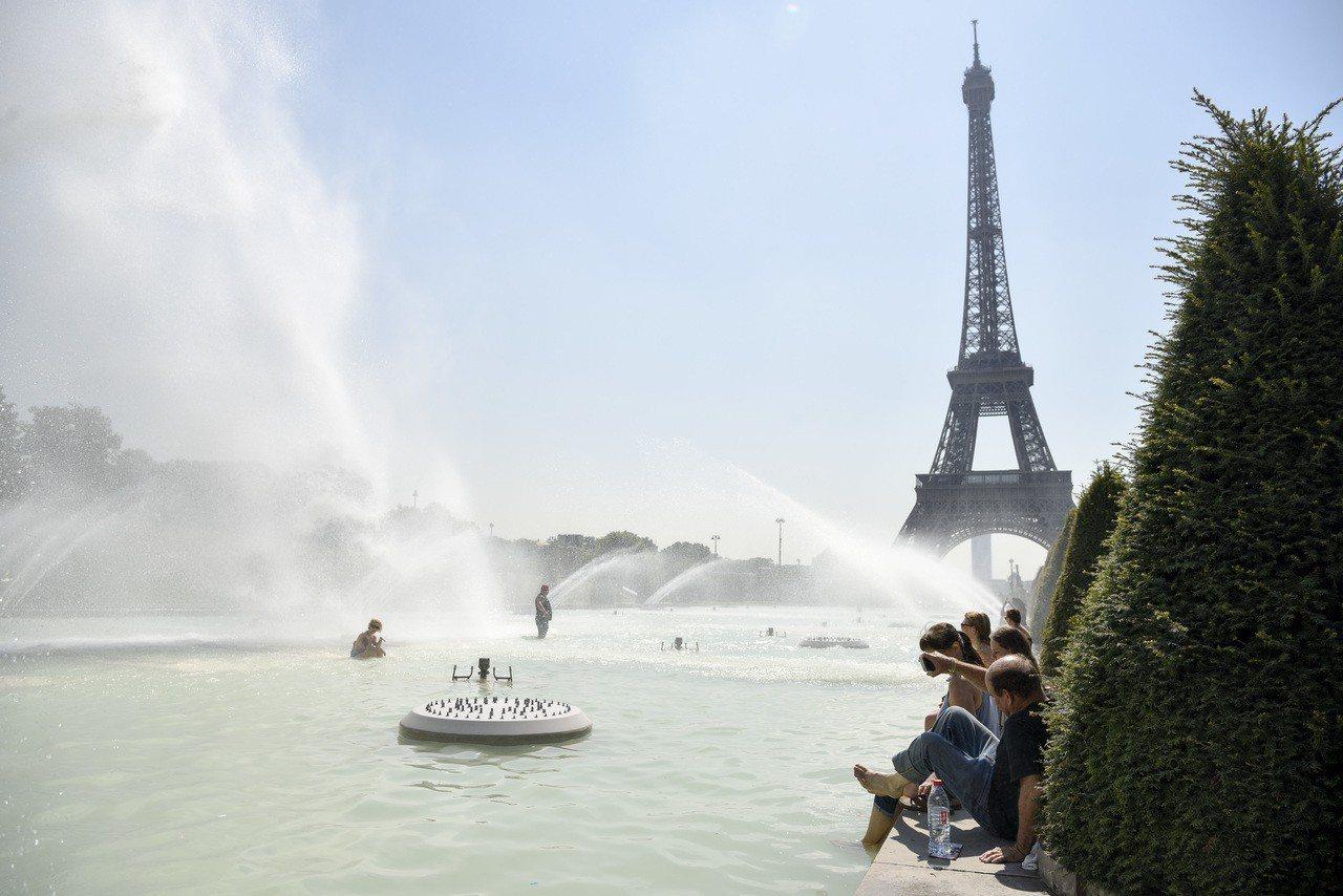 多名中國大陸遊客投訴,在法國租車自駕遊時被犯罪集團跟蹤尾隨,大使館提醒,駕車時若...