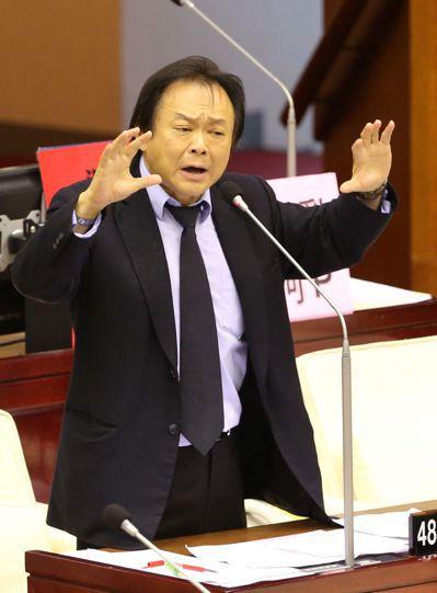 民進黨提名協調小組徵詢有意參選立委者,台北市議員王世堅也出席。 圖/聯合報系資料...