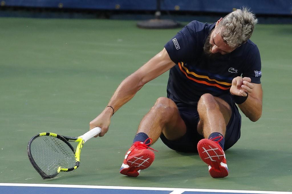 法國網將普瑞爾比賽中摔壞3支球拍遭到罰款。 美聯社