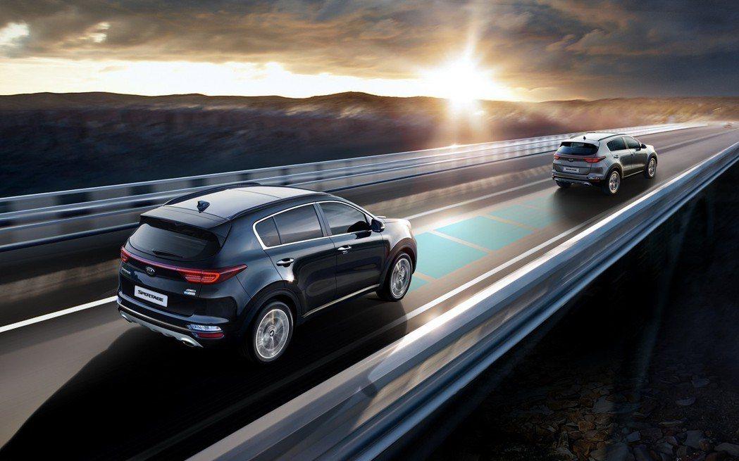 小改款Kia Sportage導入如HDA高速公路駕駛輔助系統等相關主動式安全配...