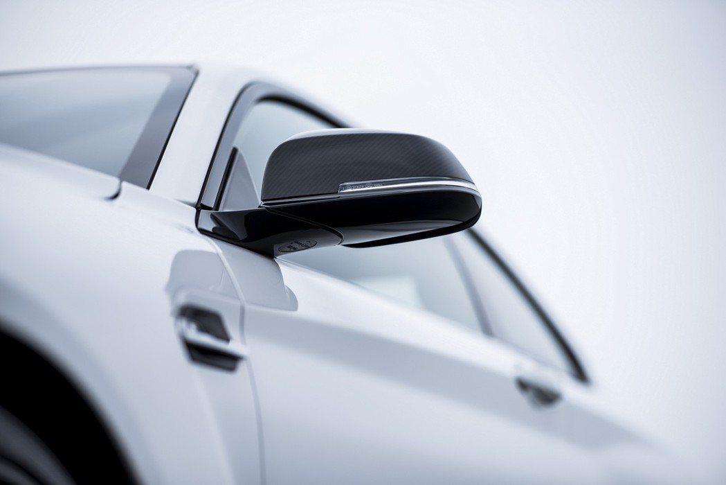 M Performance碳纖維後視鏡蓋。 圖/汎德提供