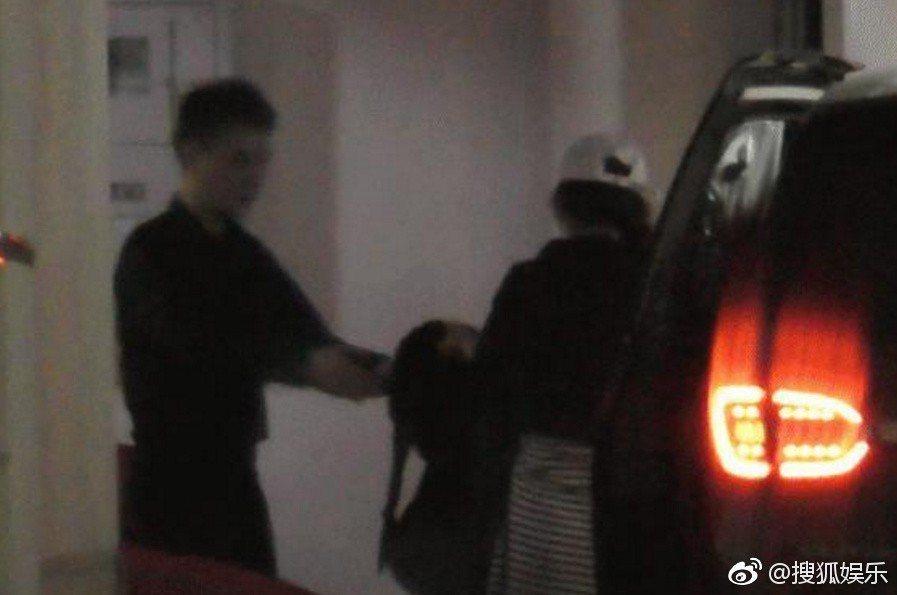 馮紹峰與趙麗穎被爆「同框」。圖/擷自搜狐娛樂微博