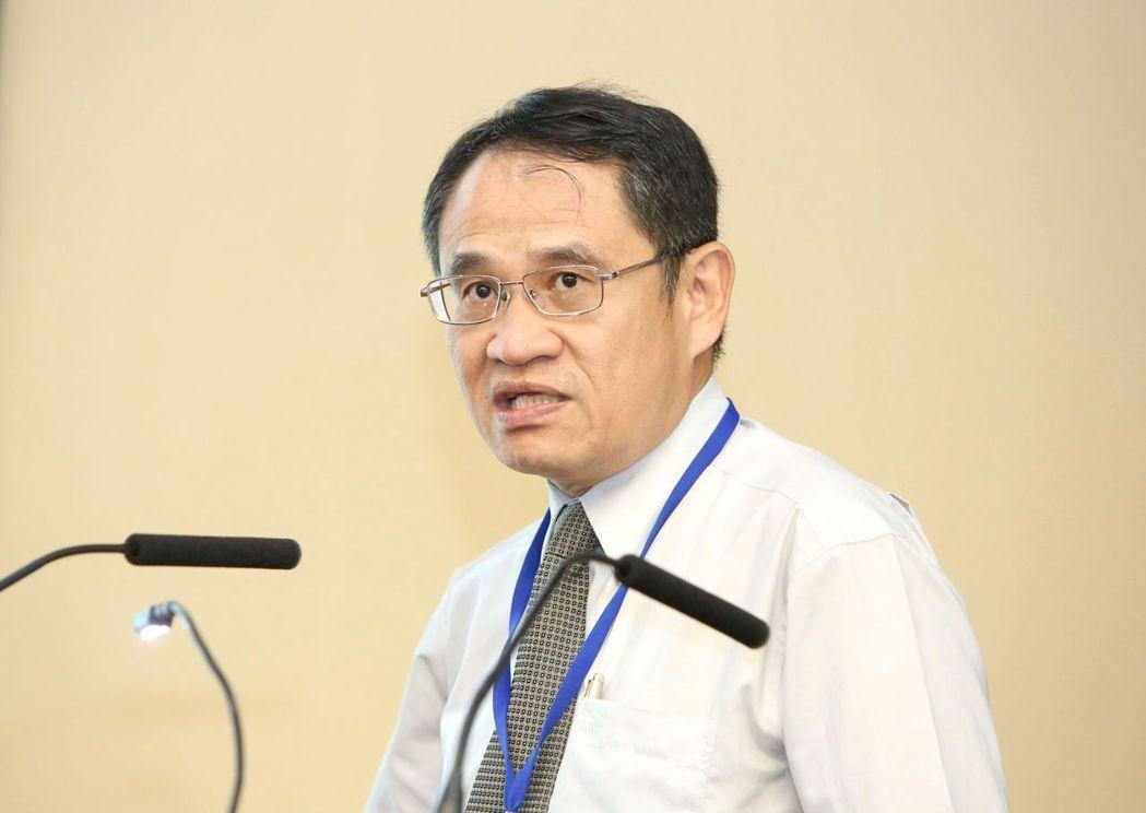 中央大學電機系教授、台電公司常務董事林法正。 毛洪霖/攝影