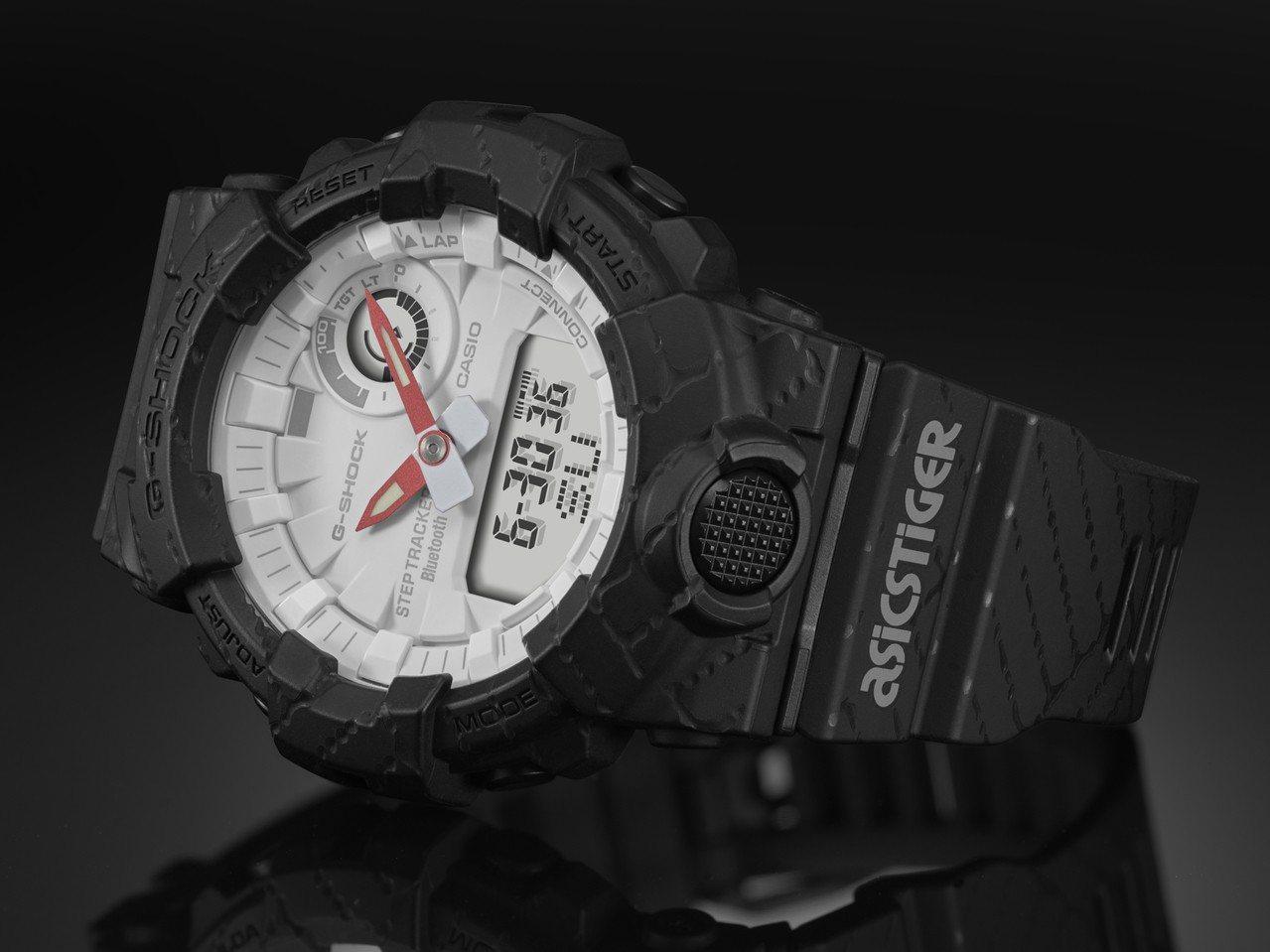 G-Shock與ASICSTIGER聯名系列腕表,在表帶上印有品牌Logo。圖/...