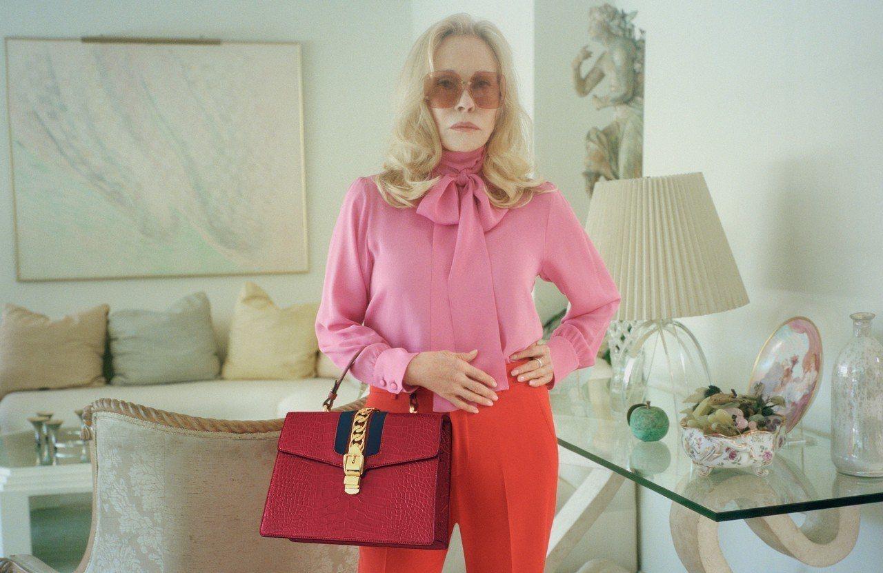 費唐娜薇演出Sylvie系列形象廣告。圖/Gucci提供