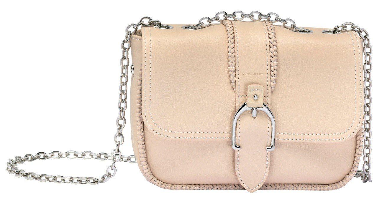 Amazone粉紅色迷你肩背包,售價22,200元。圖/LONGCHAMP提供