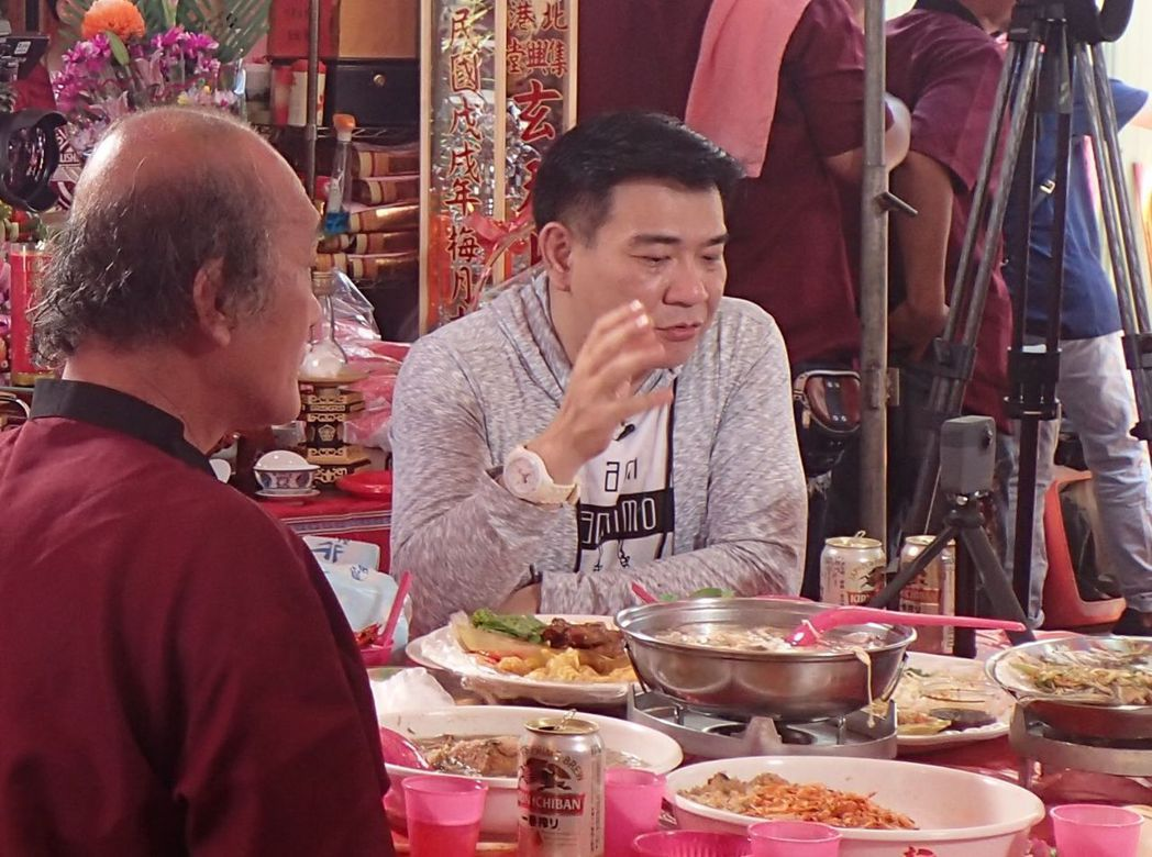 藝人白雲受邀上公視「誰來晚餐」。圖/公視提供