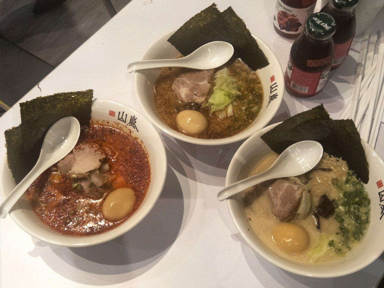 台茂購物中心日本夏日美食祭典,日本人氣店的北海道山嵐拉麵(見圖)提供三種口味料理...