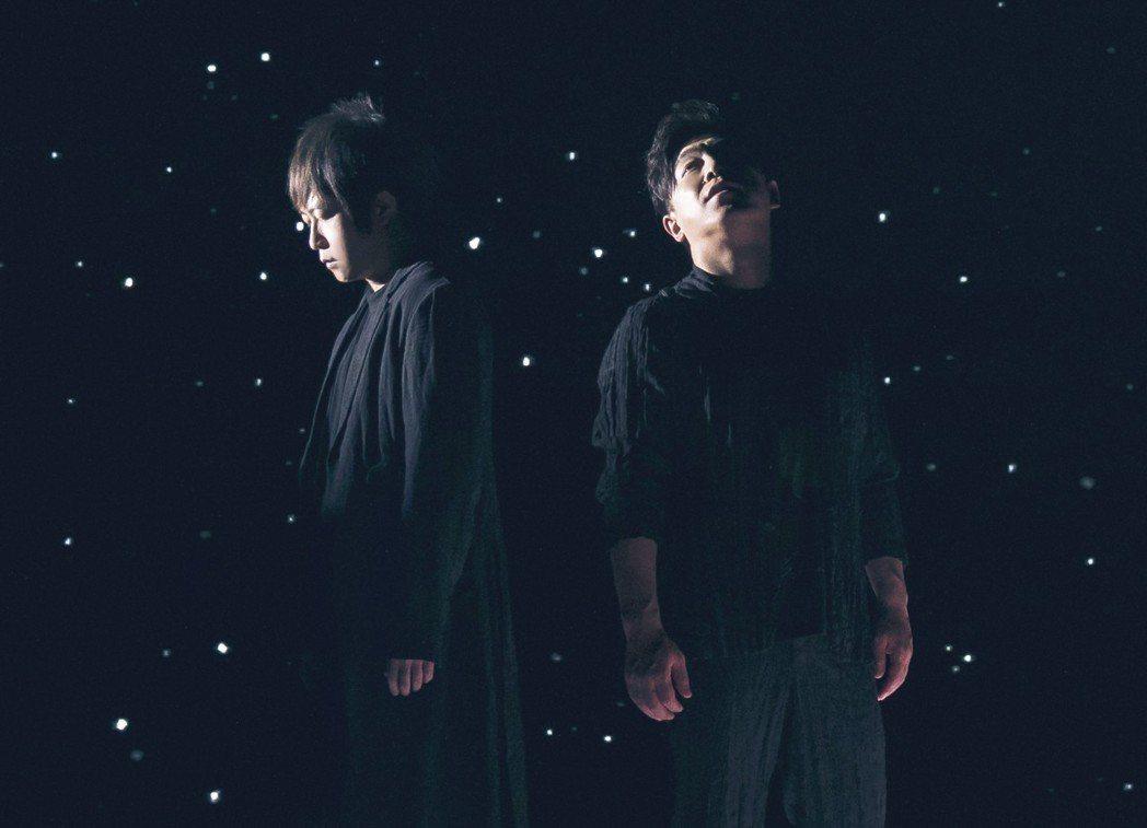 阿信(左)與黃渤首度合唱。圖/相信音樂提供