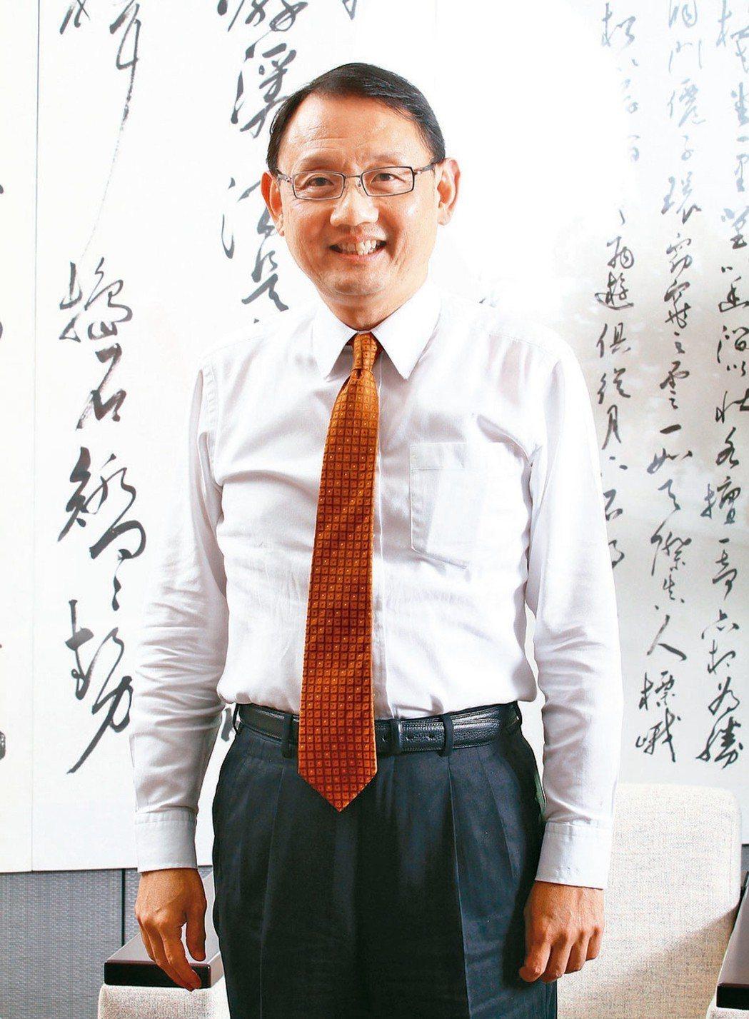 華新董事長焦佑倫。