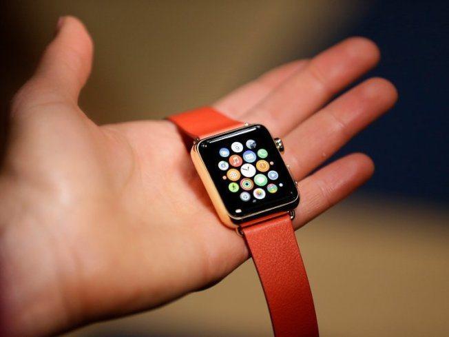 蘋果手表被列在其他產品項目下,沒有公布明確的銷售數據。(美聯社)