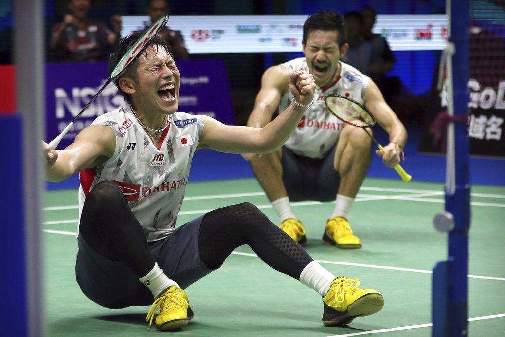 羽球世界錦標賽男雙8強日本搭檔今天對上印尼組合,出現一次117拍來回的驚人景象。...