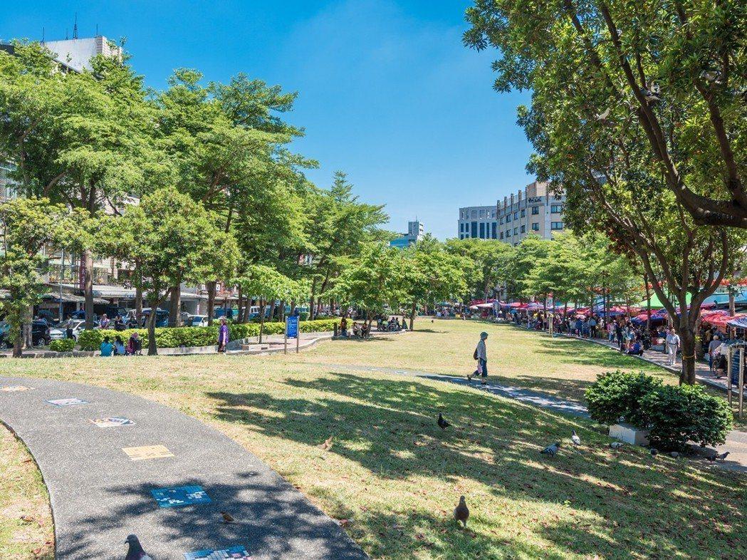 水美機構「中山水美」坐擁沿著捷運中山站與雙連站的綠色廊道公園。水美機構/提供