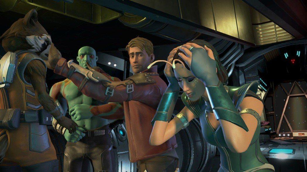 螳螂女會在遊戲中後期加入,他感知到團隊之間存在著間隙。