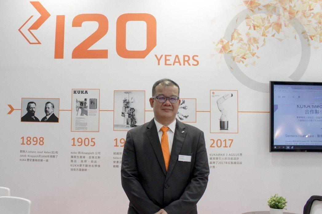 庫卡成立120周年,庫卡亞太區事業部經理梁信裕分享庫卡多項智慧創新自動化解決方案...