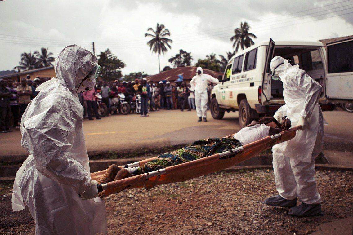 資料圖片:2014-16年的西非伊波拉大爆發。 圖/美聯社